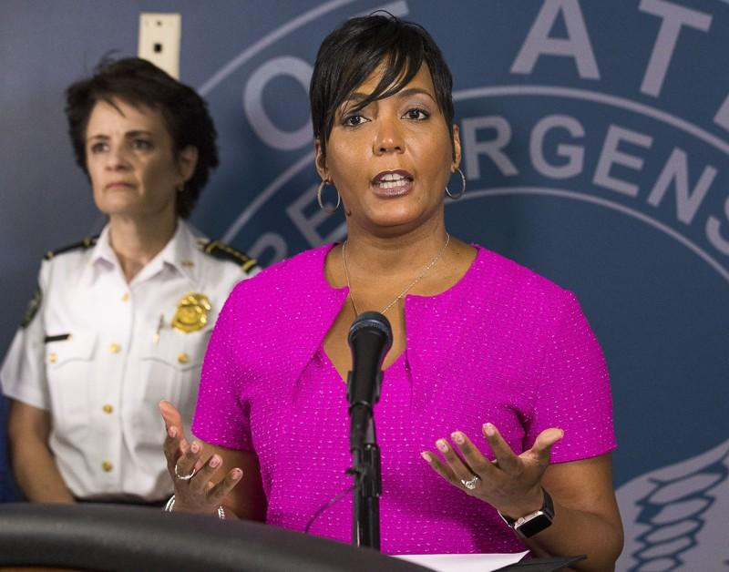 Atlanta mayor urges residents to stay at home as governor reopens state: 'Look at the science'