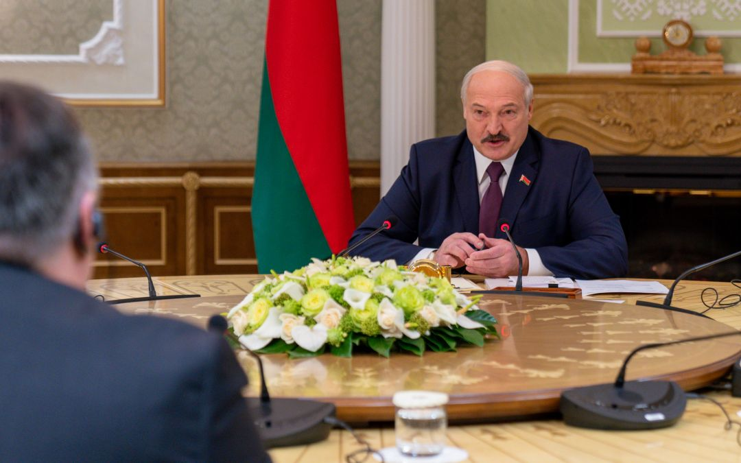 Belarus Emigrees Put Squeeze on Alexander Lukashenko to Quit