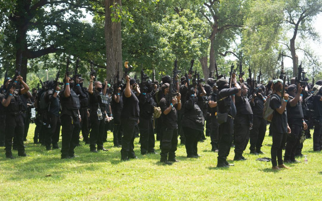 WATCH: Militia groups face off in Louisville