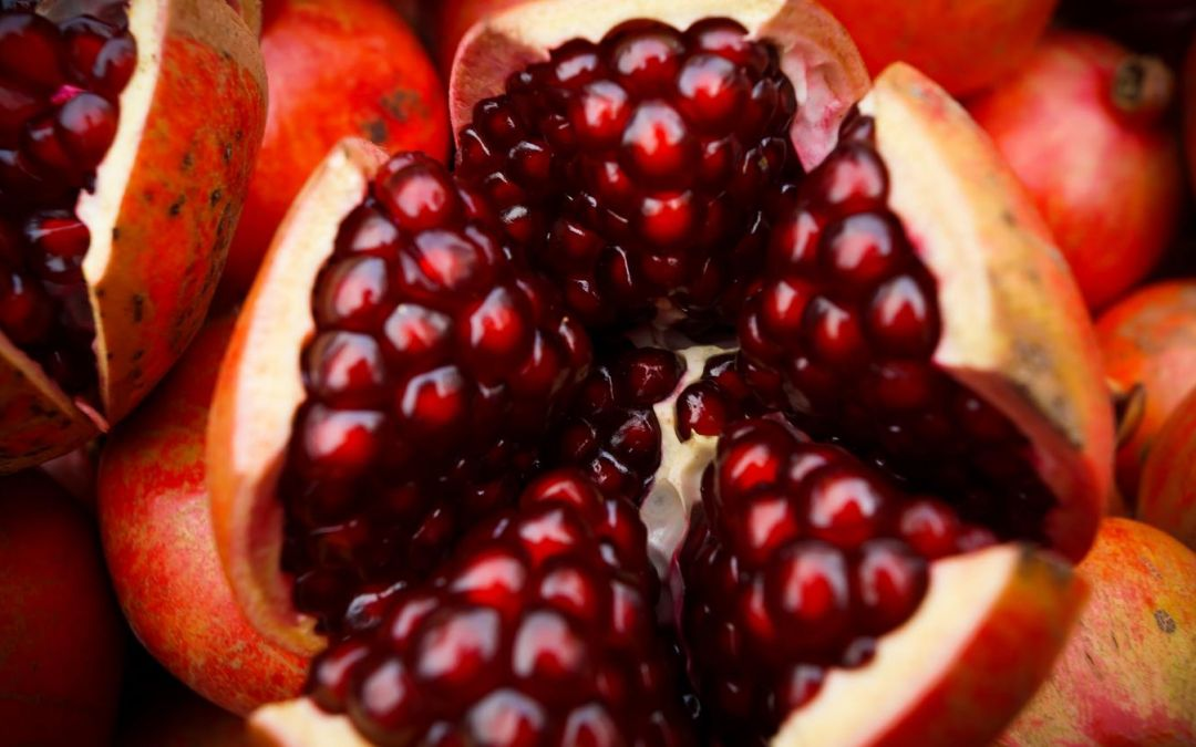 Pomegranates Play Pivotal Role In Patriotic Mexican Dish