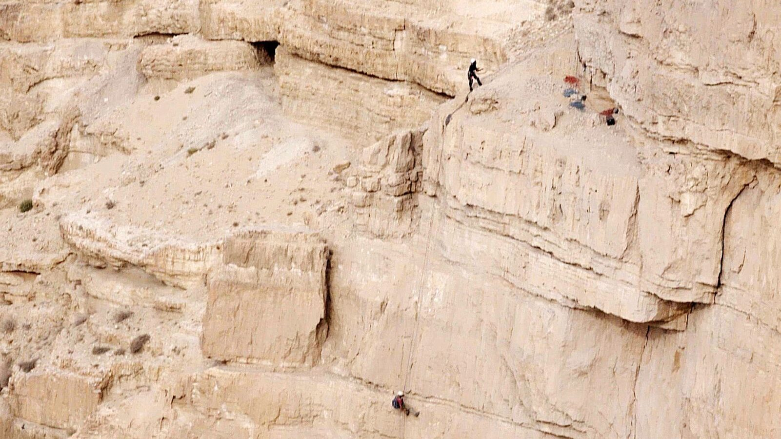 Rappelling to the Cave of Horror. (Highlight Films/Israel Antiquities Authority)