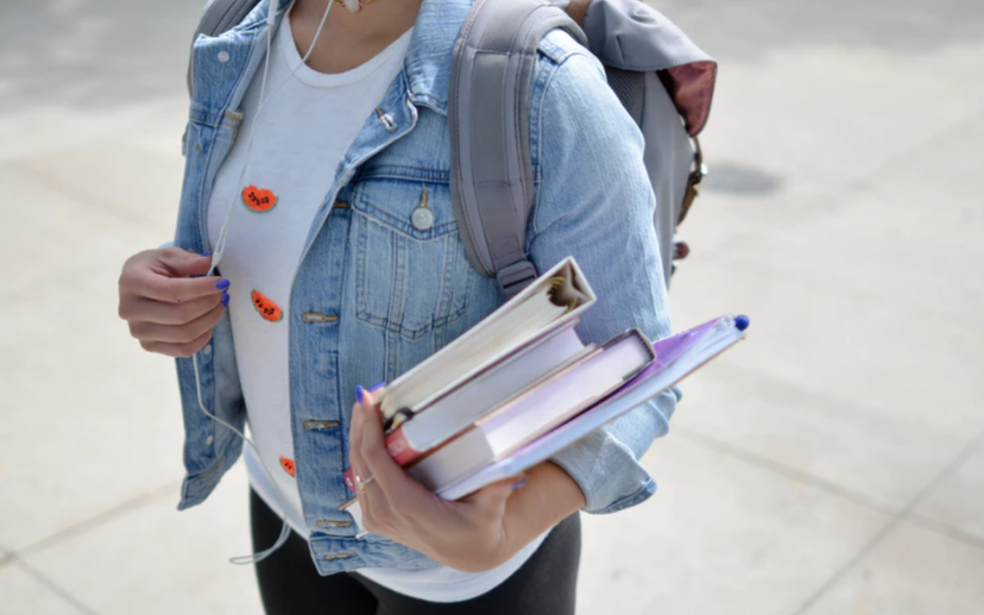 10 Things to Buy Before College