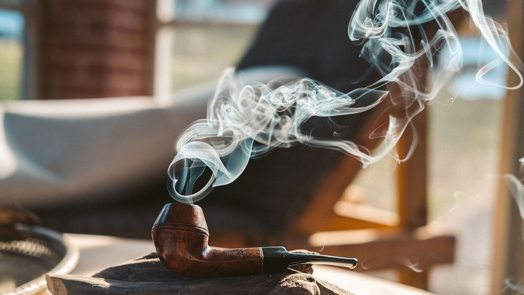 (Representative image) A new study has found that exposure to tobacco smoke in early life is associated with accelerated biological aging. (Joshua Bartell/Unsplash)